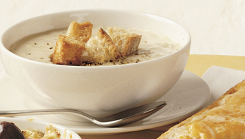 Creamy Cheddar Onion Soup