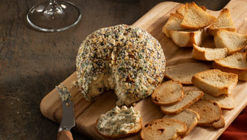 Everything Bagel Cheddar Cheese Ball